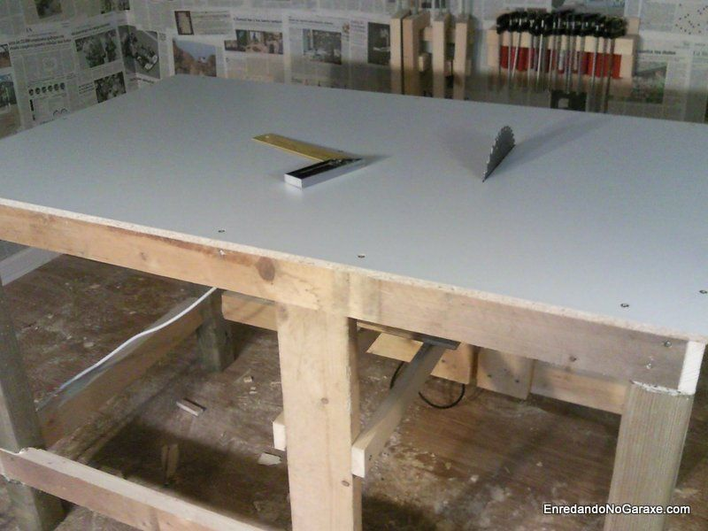 Sierra de mesa hecha con mi vieja ingletadora