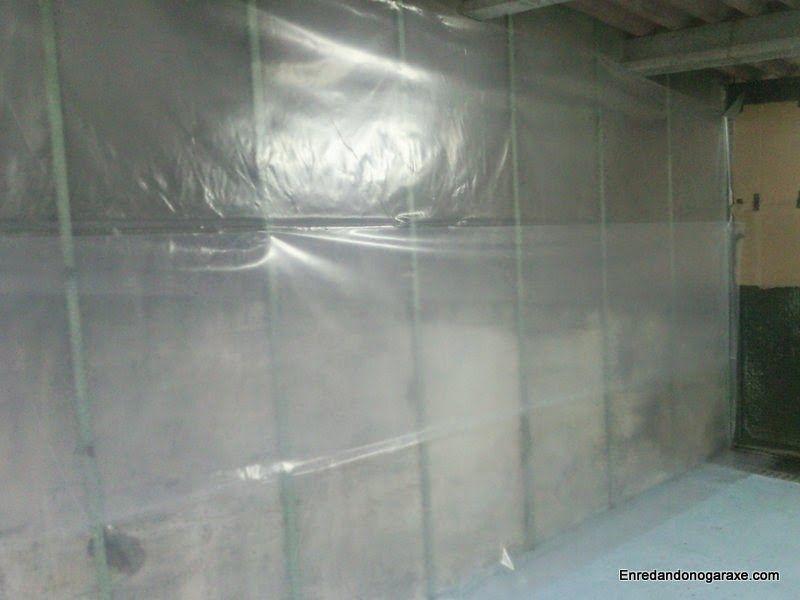 Plástico para cubrir la pared húmeda. enredandonogaraxe.club