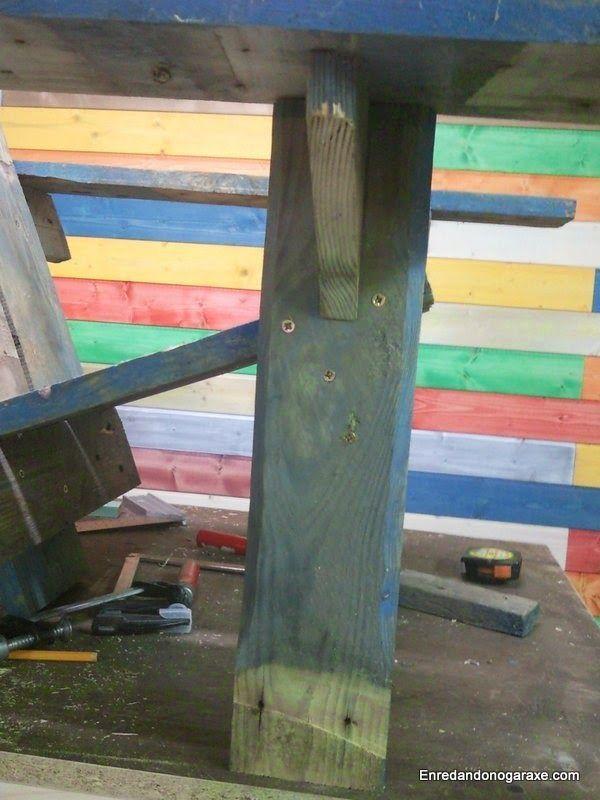 Pata y reposabrazos de madera de palet. enredandonogaraxe.club