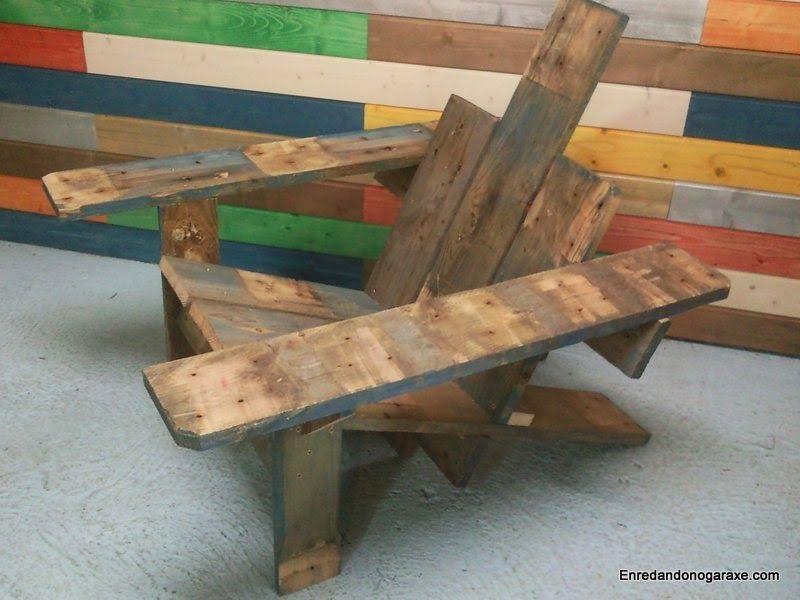 Hacer silla de patio con madera reciclada de palet. enredandonogaraxe.club