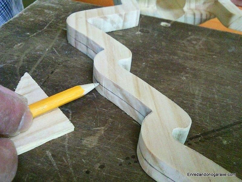 Cómo marcar la línea de corte a lápiz