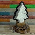 Lámpara con forma de árbol de Navidad. enredandonogaraxe.club