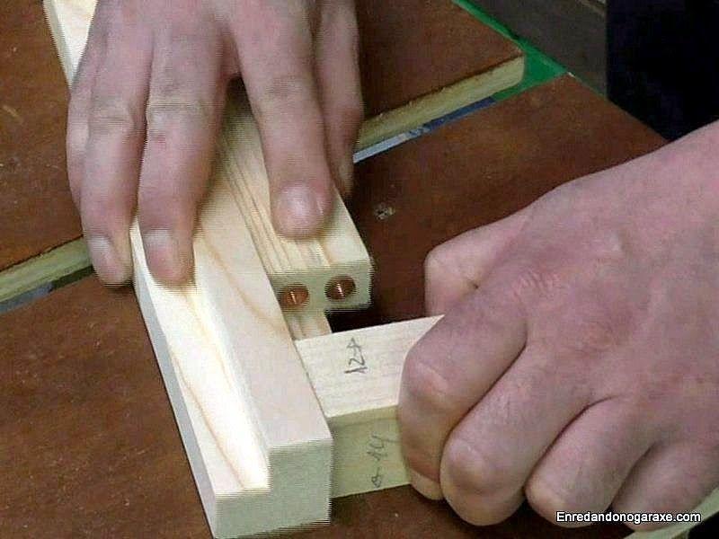 Utilizar centradores para marcar donde taladrar para unir con clavijas
