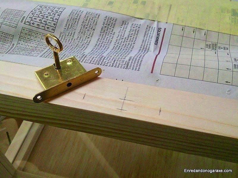 Medir y marcar donde poner la cerradura