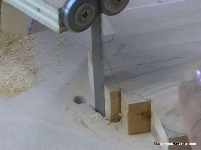 Hacer cortes rectos para eliminar madera