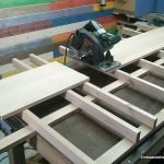 Table for cutting boards with the circular saw