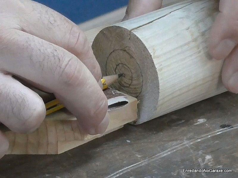 Apoximar el centro de la circunferencia del cilindro
