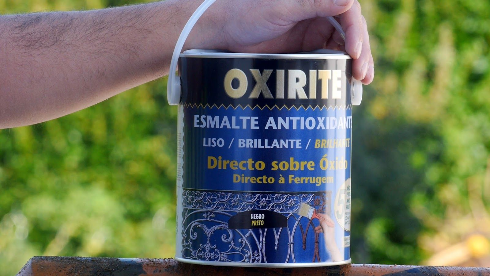 Esmalte antióxido para aplicar directo sobre el óxido