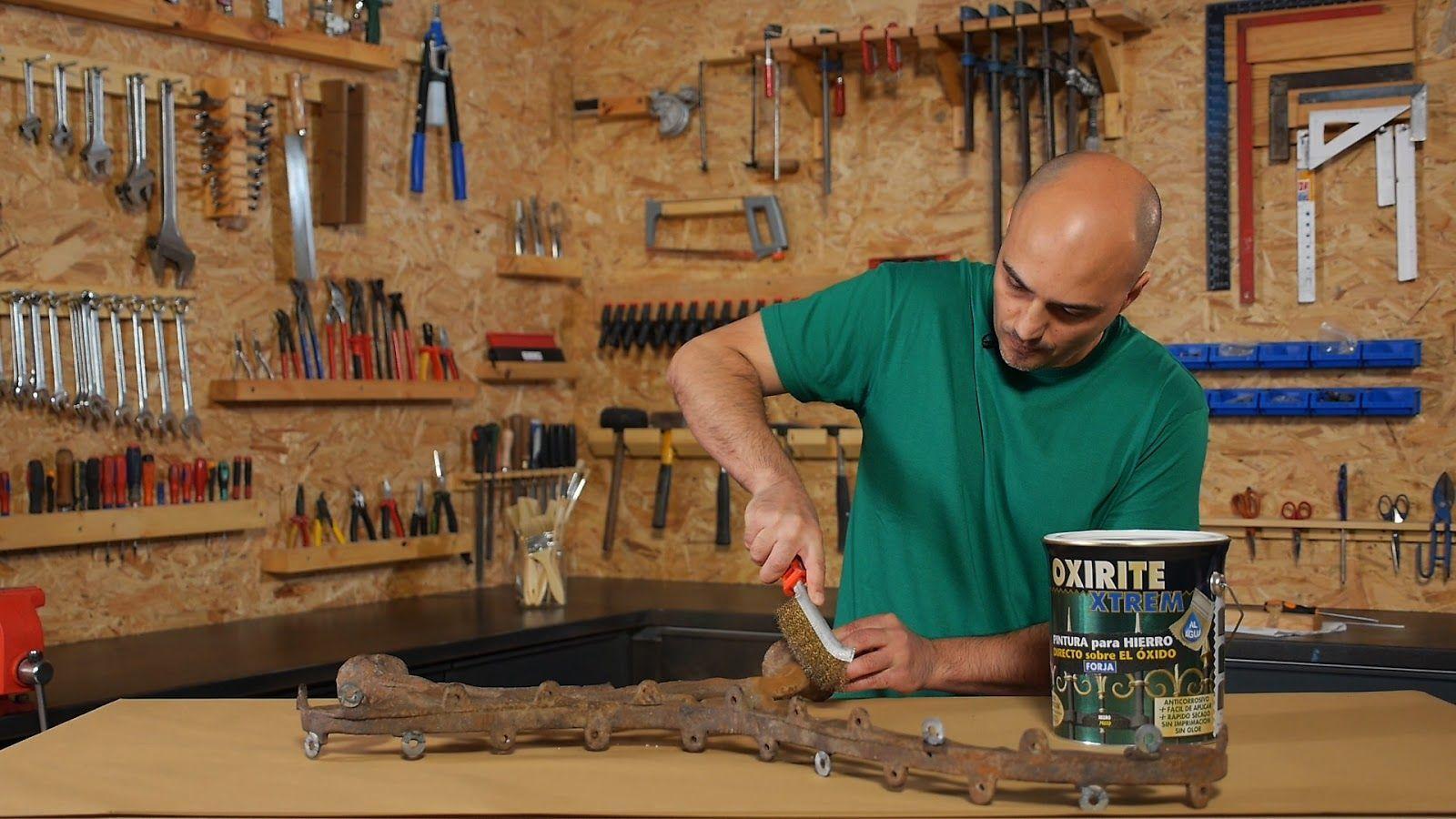 Limpiar el óxido suelto con cepillo de alambre