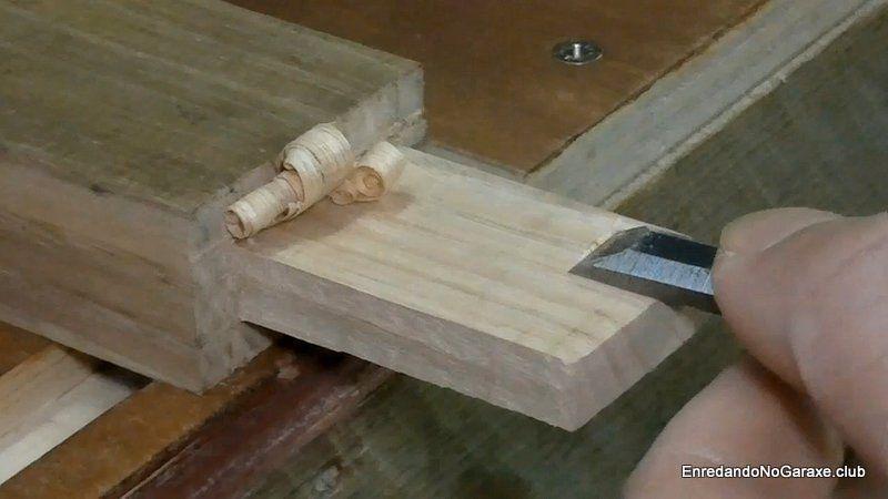 Ajustar las caras de la espiga de madera