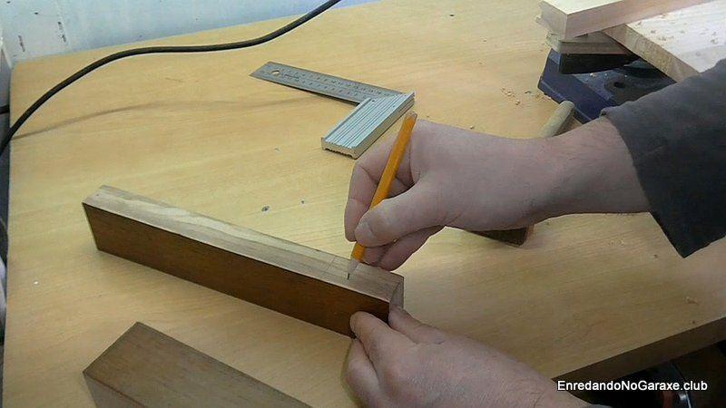 Dibujar las líneas del gramil con el lápiz