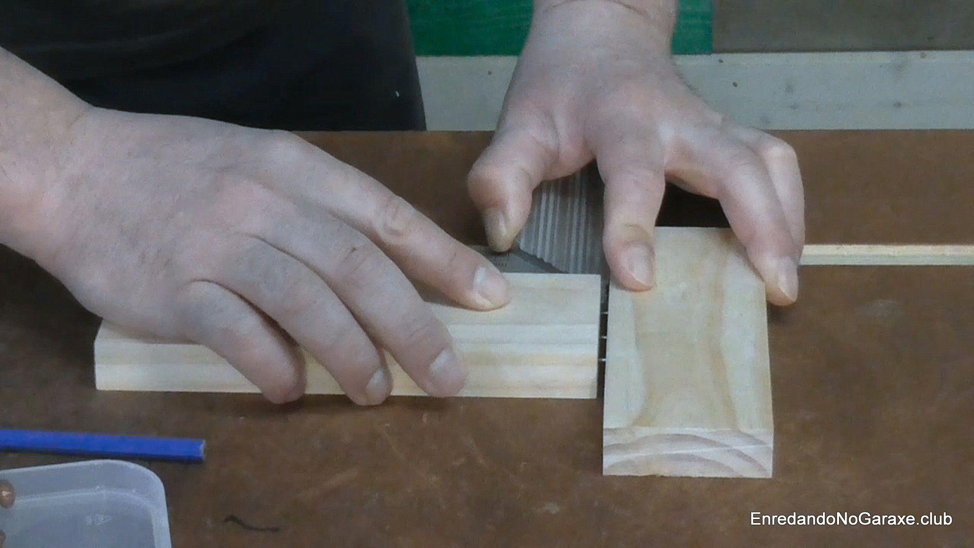 Marcar donde taladrar agujeros para los tubillones
