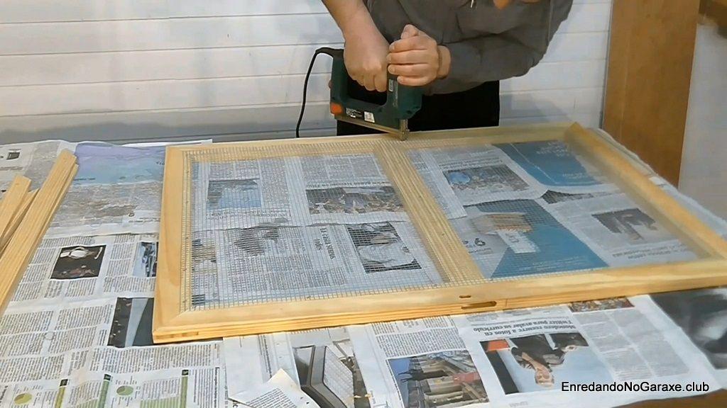 Grapar la malla metálica electrosoldada de ventilación