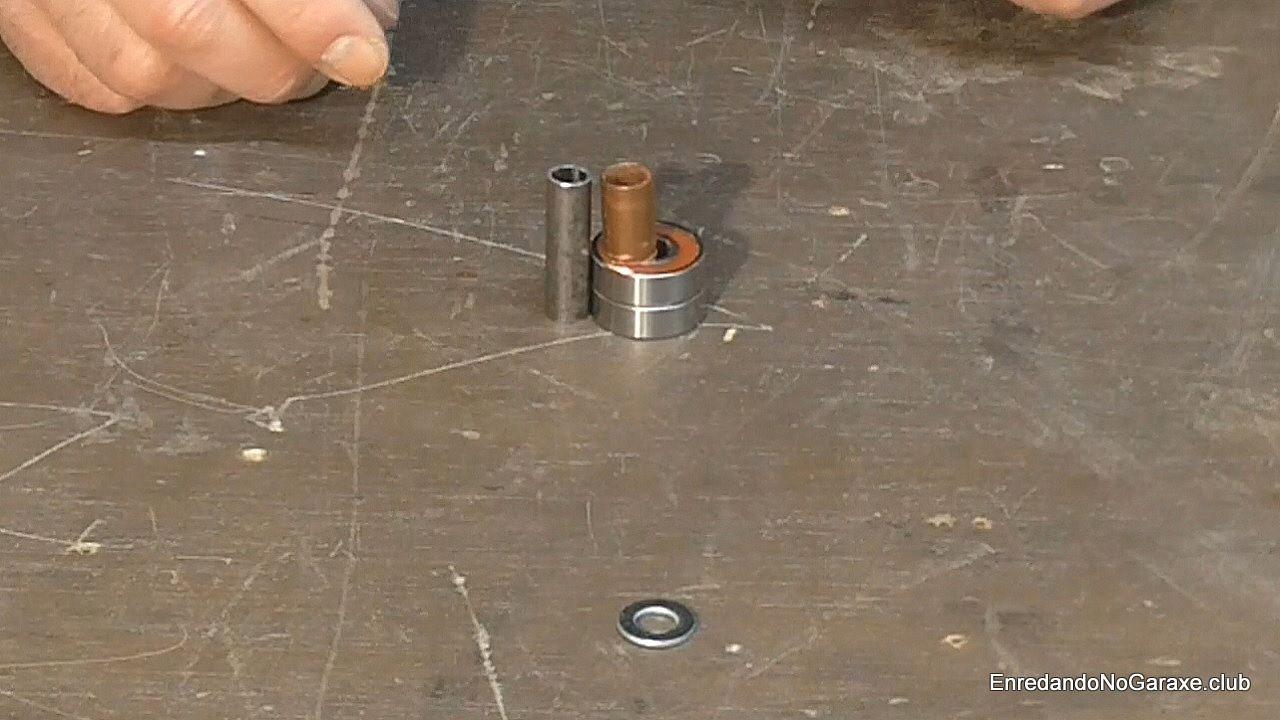 Cubierta de cobre y rodamientos