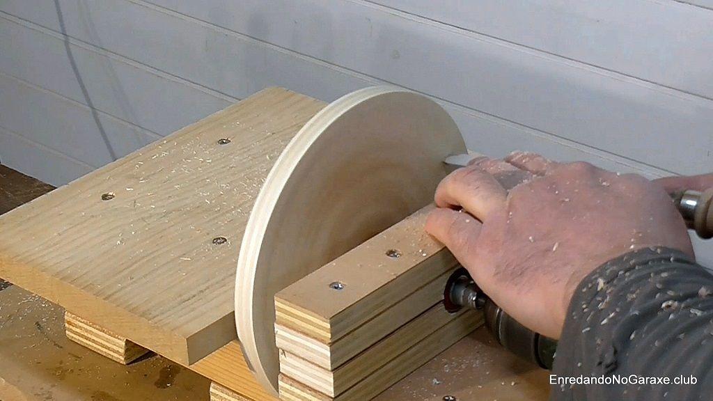 Rectificar la parte de atrás del disco de lijado