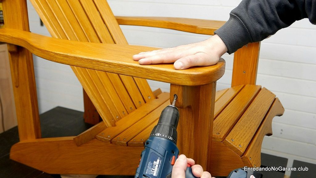 Montar la silla Adirondack