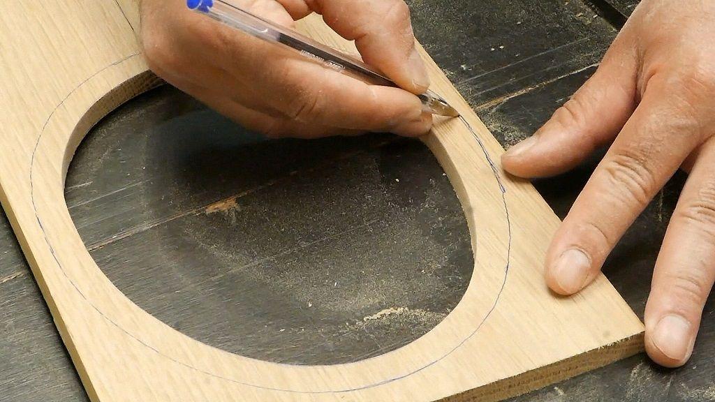 Dibujar el ancho del marco de madera