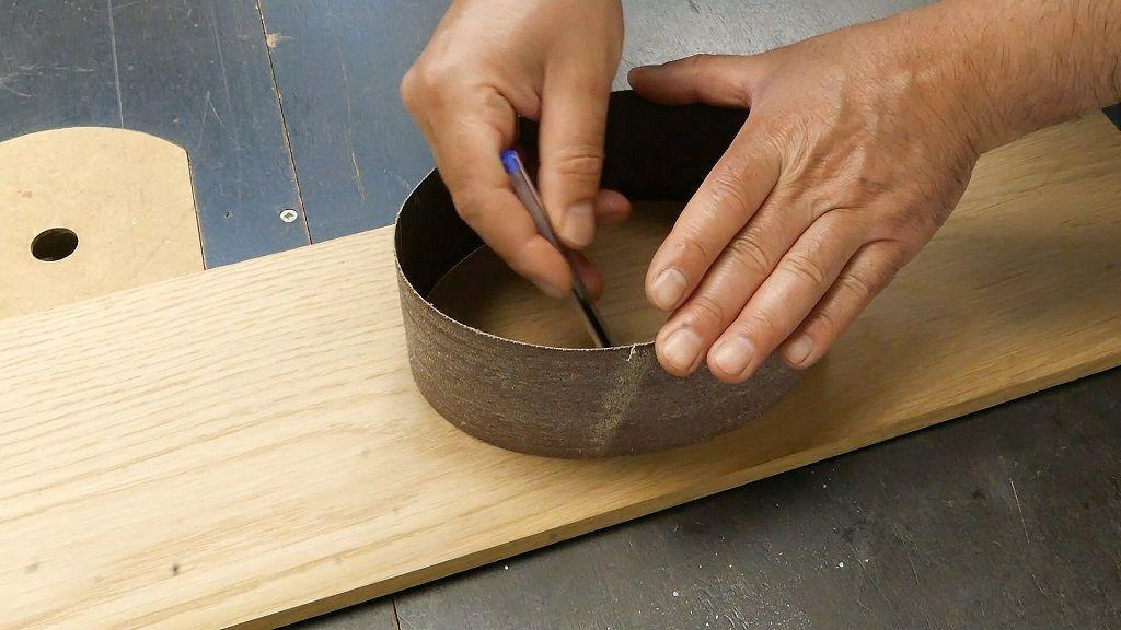 Dibujar la forma del hueco del espejo de mano