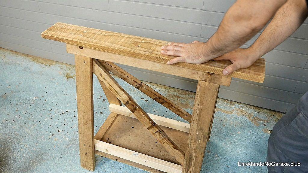 Ahora el caballete de madera es estable