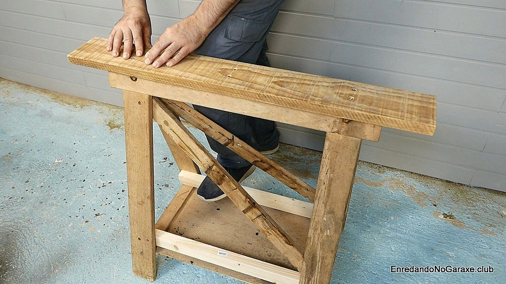 Cómo cortar en el caballete de madera