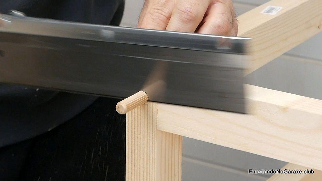 Cortar el tubillón de madera