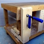 How to make a vise with a carpenter sergeant