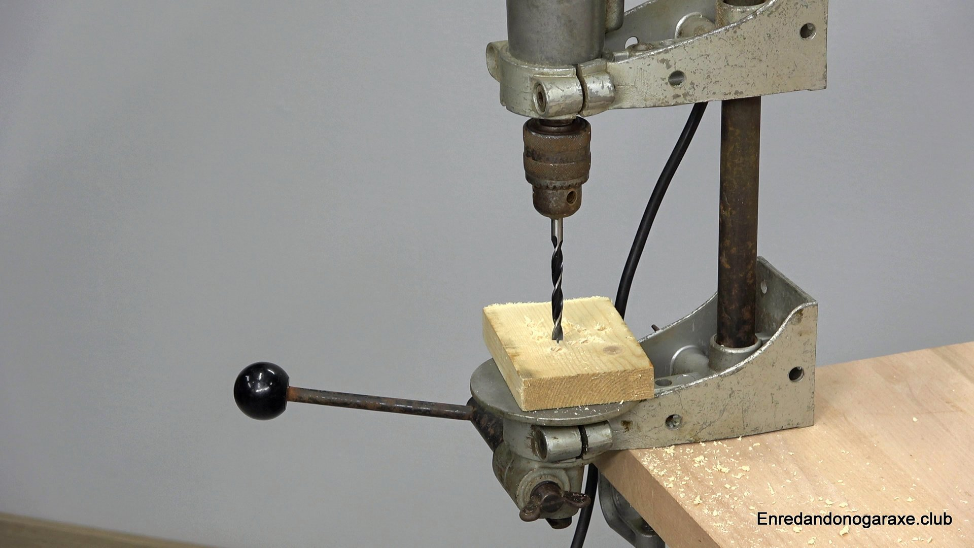 base del taladro de columna